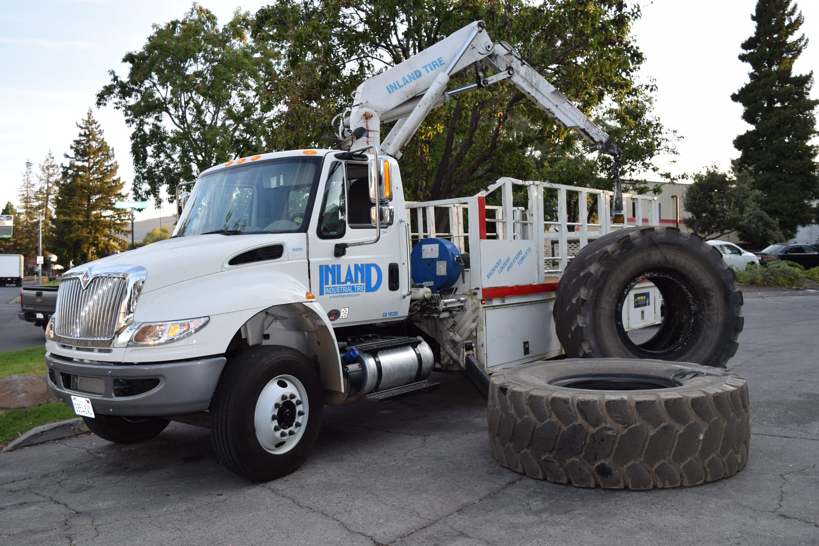 Inland Industrial Tire